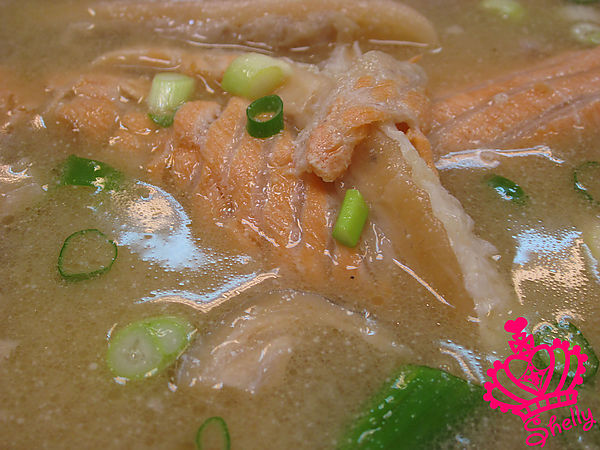 味噌魚湯-近拍.jpg