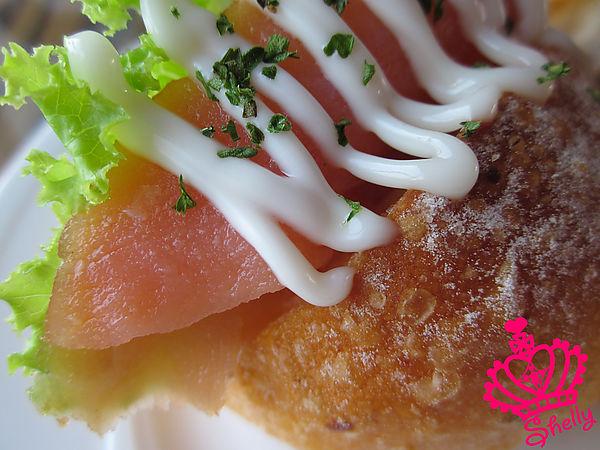 日月行館-燻鮭魚I.jpg