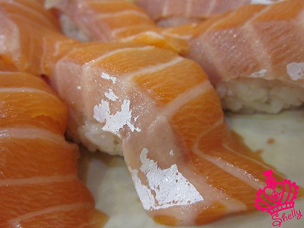 鮭魚握壽司I.jpg