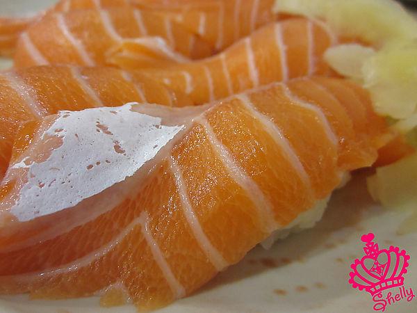 鮭魚握壽司II.jpg