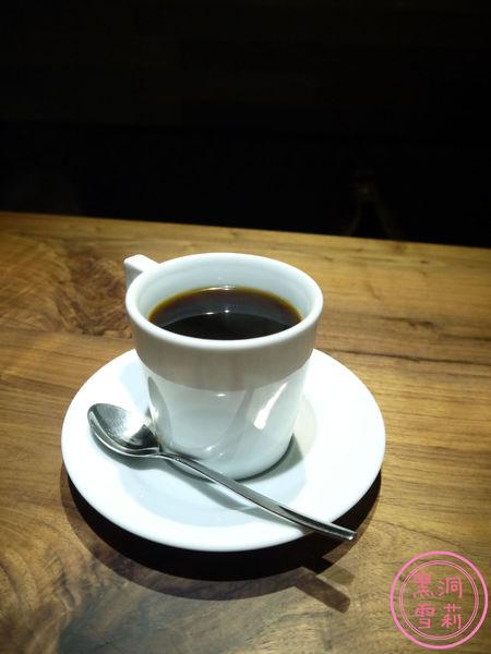 HAS CAFE-14.jpg